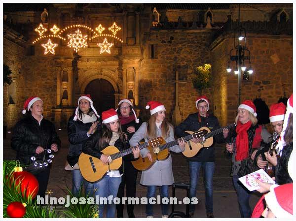 Hinojosa-coro romero virgen del castillo