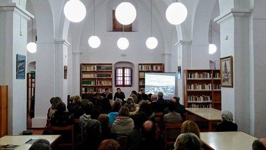 presentacion-libro-pozo-de-la-nieve-dos-torres-2
