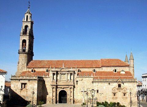 hinojosa-plaza-de-la-catedral-fiestas-locales