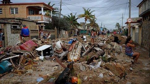 huracán-sara-cerezo