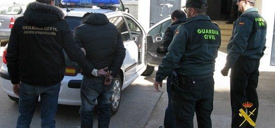 dos-detenidos-por-robar-en-el-interior-de-una-vivienda-de-penarroya