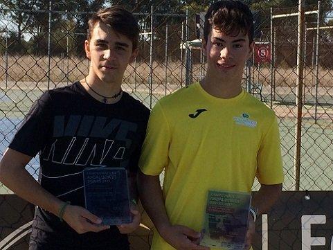 el-tenista-pozoalbense-blas-ruiz-campeon-andalucia-dobles
