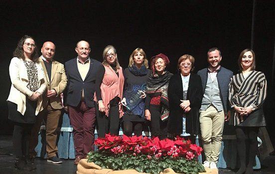 maria-alvarez-recoge-premio-poesia-juana-castro
