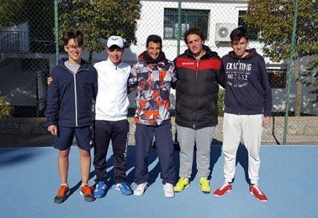 juniors-e-infantiles-del-club-tenis-pozoblanco-pasan-a-semifinales-2