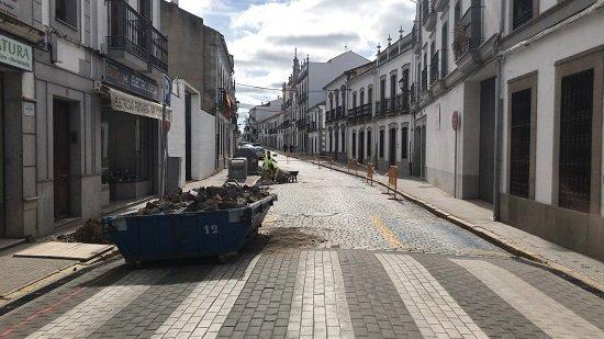 obras-calle-real-villanueva-cordoba-trabajo