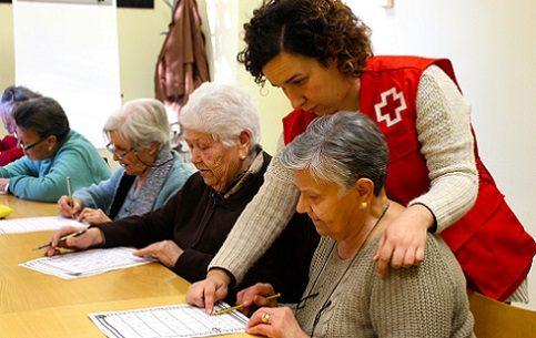 cruz-roja-compania-personas-mayores-solas