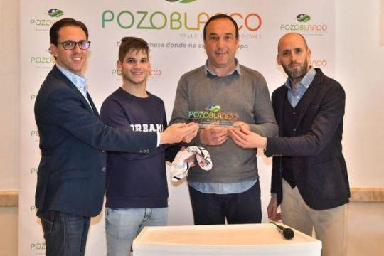 club-balonmano-pozoblanco-recibe-patrocinio-marca-pozoblanco