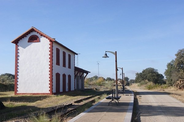 carrera-discurre-antiguas-estaciones-tren-villanueva-duque