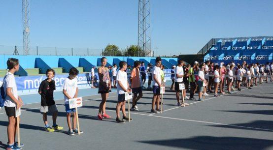 desfile-inaugural-da-salida-europeo-tenis-sub-12-pozoblanco