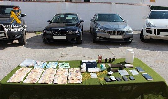 dos-personas-detenidas-pozoblanco-800-dosis-cocaina-intervenidas