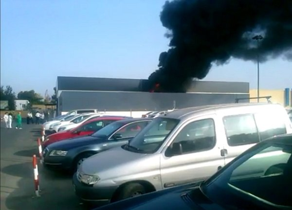 sofocado-el-incendio-instalaciones-hospital-reina-sofia