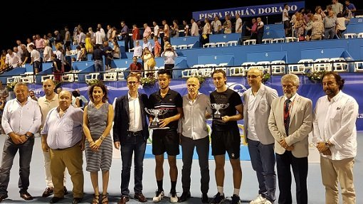frances-mick-lescure-campeon-open-tenis-pozoblanco