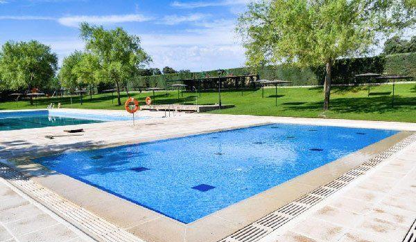 gratis-piscina-camping-pozoblanco