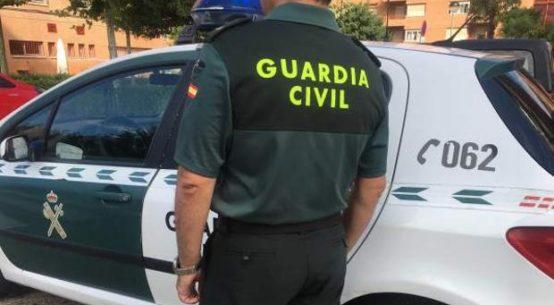 guardia-civil-salva-bebe-asfixia