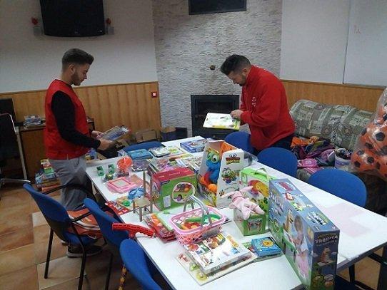 cruz-roja-juguetes-hinojosa-pozoblanco-pueblos-provincia