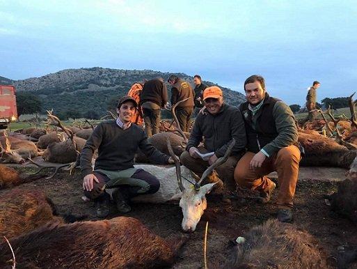 piden-ayuntamientos-provincia-aprobar-mociones-apoyo-caza