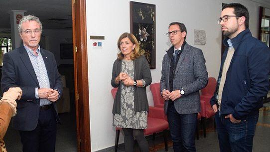 delegada-salud-alcalde-visita-fundacion-prode