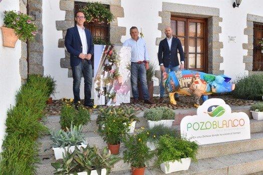 el-ayuntamiento-decora-con-flores-rincones-pozoblanco