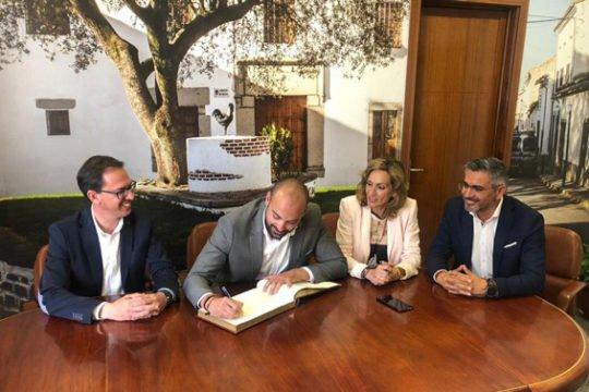 director-mayores-delegada-igualdad-residencia-mayores-pozoblanco