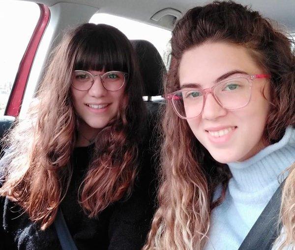 dos-chicas-pedroches-ayudan-reinsercion-presos