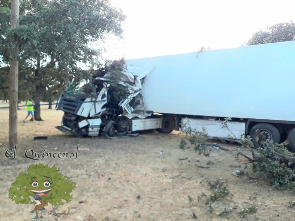 herido-salirse-trailer-carretera-pozoblanco-villanueva-cordoba
