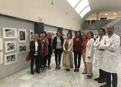 exposicion-hospital-reina-sofia-mujeres-cancer-de-mama