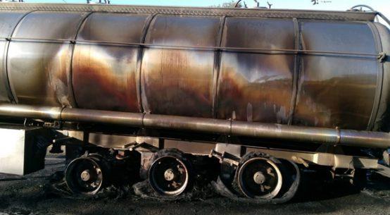 arde-un-camion-carretera-424-villanueva-cordoba-cardena