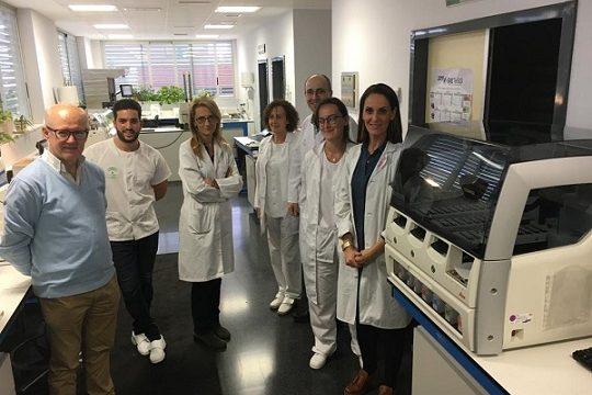 equipamiento-hospital-de-los-pedroches-muestras-laboratorios