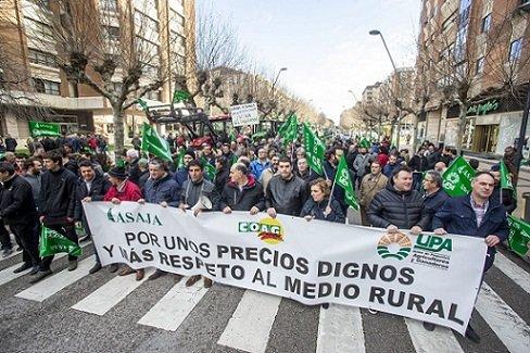 manifestacion-en-cordoba-defensa-mundo-rural