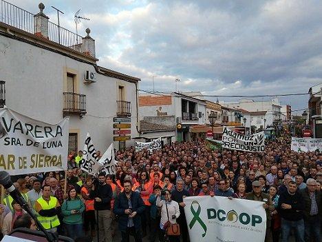 agricultores-protestan-adamuz-defensa-sector-agrario-medio-rural