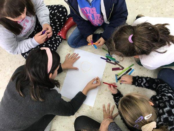 escolares-de-dos-torres-el-viso-participan-en-agora-infantil