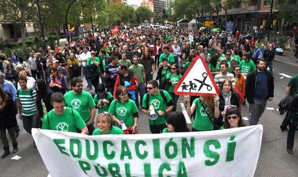 huelga-educativa-en-defensa-escuela-publica