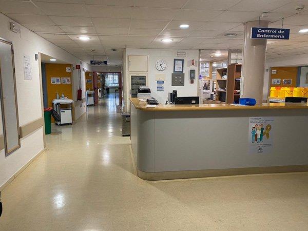 hospital-reina-sofia-unidades-equipos-covid-reforzar-atencion-pacientes