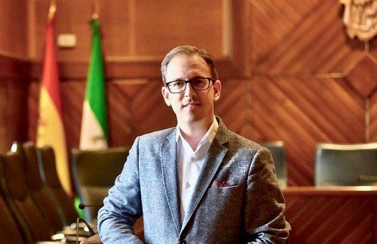 alcalde-pozoblanco-donara-salario-integro-material-sanitario-ayuda-social
