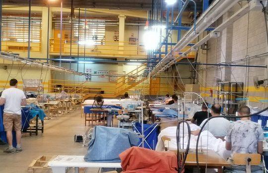 internos-prision-cordoba-confeccionan-equipos-proteccion-sanitarios-coronavirus