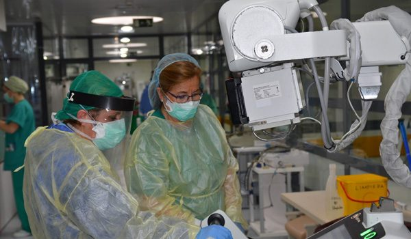 hospital-reina-sofia-incorpora-equipos-mejorar-la-atencion-paciente-covid-19