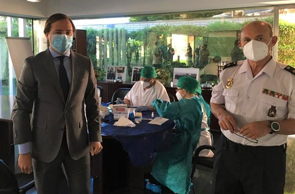 la-junta-realiza-test-rapidos-a-policia-local-guardia-civil-policia-nacional-coronavirus