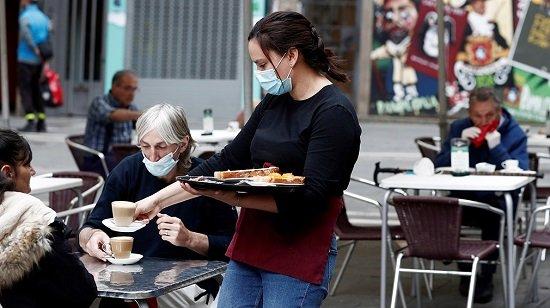 csif-alerta-presiones-trabajadores-sector-hostelero-reducir-sueldo-erte-coronavirus