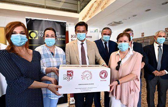 La Junta promociona el consumo de cordero en colaboración con Covap y Cáritas