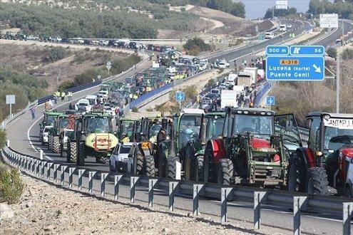 agricultores-organizaciones-agrarias-indignadas-multas-recibidas-manifestarse