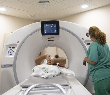 hospital-reina-sofia-instalara-6-equipos-de-tomografia-computarizada