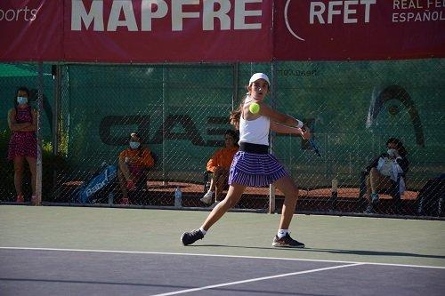 candela-yecora-alejandro-lopez-en-campeonato-de-tenis-infantiles