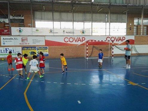 cd-pozoblanco-futbol-sala-retira-equipos-competicion-covid-19-excepto-senior