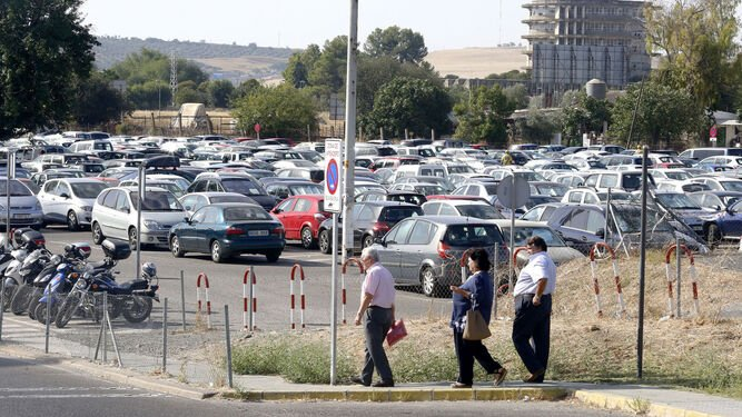 mejoras-los-aparcamientos-hospital-reina-sofia-mantendran-precio-un-euro