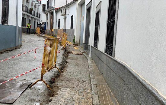 ayuntamiento-paraliza-obras-profea-pozoblanco-periodo-recogida-de-la-aceituna