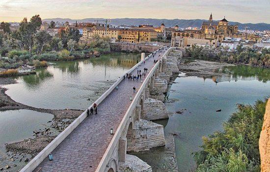 turismo-destina-175000-euros-ayudas-consolidacion-creacion-de-empresas-sector-cordoba