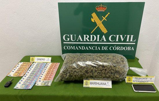 dos-detenidos-en-pozoblanco-llevar-marihuana-en-su-coche