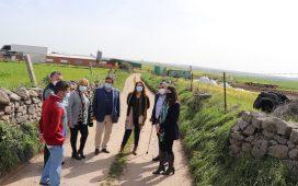 consejera-agricultura-anora-inversion-en-caminos-8-municipios-los-pedroches