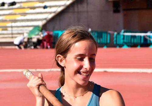 la-atleta-de-dos-torres-cristina-lopez-campeona-de-andalucia-en-pertiga-sub-16
