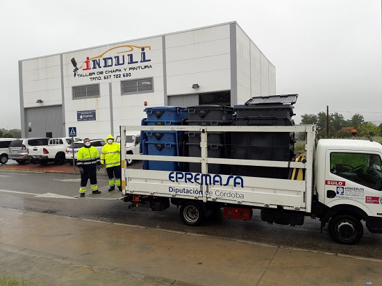 mas-50-empresas-villanueva-de-cordoba-reciben-contenedores-uso-privativo-epremasa